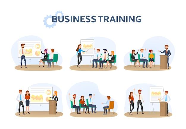 Grupo de pessoas fazendo uma apresentação de negócios