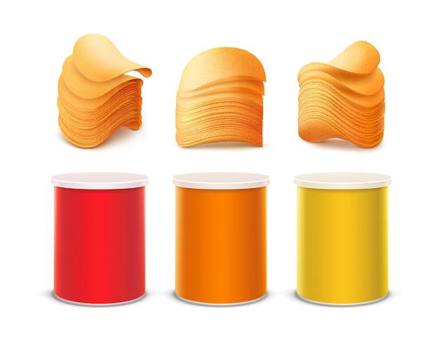 Grupo de tin box container tube pequeno amarelo alaranjado vermelho colorido para o projeto de pacote com a pilha de batatas fritas friáveis fecha-se isolado acima no fundo branco.