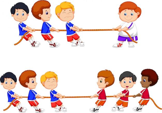 Grupo dos desenhos animados de crianças brincando de cabo de guerra