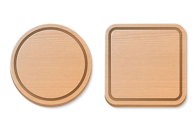 Grupo marrom de madeira da placa de corte do vetor isolado. ilustração realista. redondo e quadrado.