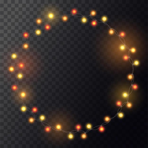 Guirlanda de natal amarelo brilhante na grinalda. círculo com luzes realistas em fundo transparente