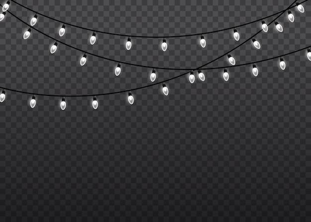 Guirlanda de natal brilhante. decorações de guirlandas. lâmpada de luz de brilho branco em fundo transparente de cordas de arame. luzes de natal isolaram elementos realistas. ilustração.
