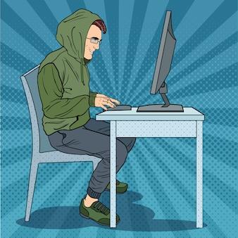 Hacker roubando informações no computador