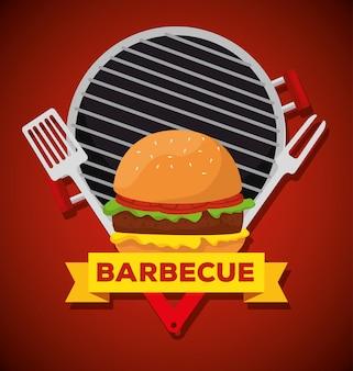 Hambúrguer na grelha com garfo e utensílios de churrasco