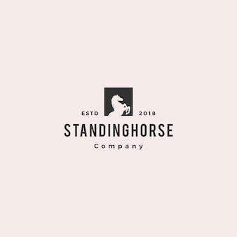 Hipster de logotipo de cavalo em pé