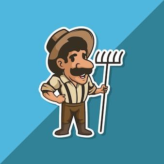 Homem agricultor com bigode e chapéu, segurando um ancinho na mão.