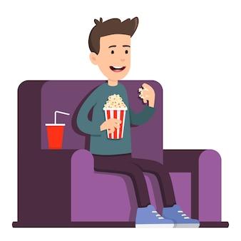Homem assistindo filme