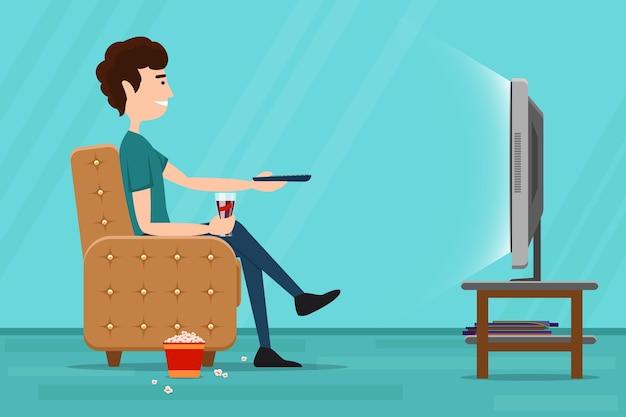 Homem assistindo televisão na poltrona. tv e sentar na cadeira, bebendo e comendo. ilustração em vetor plana