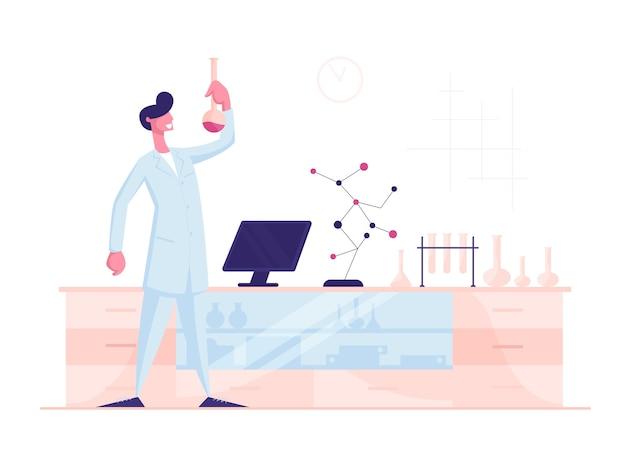 Homem cientista vestindo jaleco branco segurando um copo conduzindo experimento químico