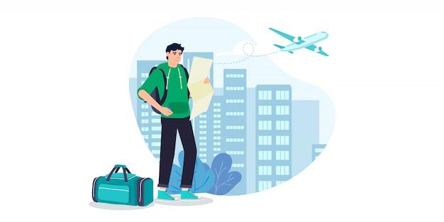 Homem com mochila, viajante ou explorador de pé com mapa da cidade.