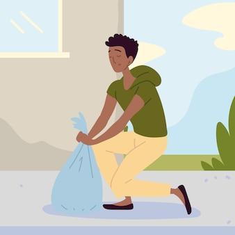Homem com saco de lixo plástico
