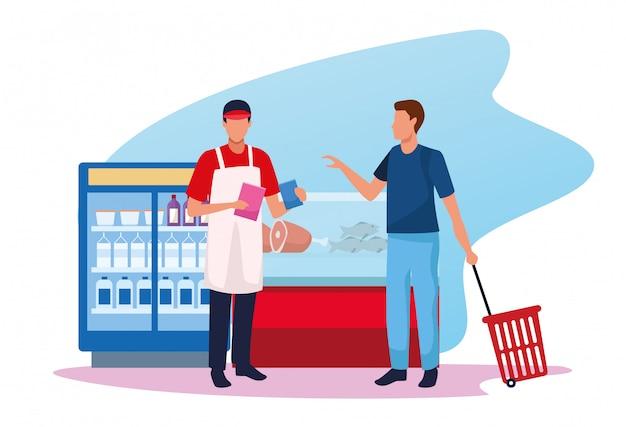 Homem com trabalhador no supermercado na zona de geladeiras de carne e bebidas