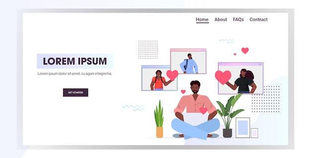 Homem conversando com mulheres no namoro online app povos afro-americanos discutindo durante reunião virtual relacionamento social comunicação conceito cópia horizontal ilustração espaço