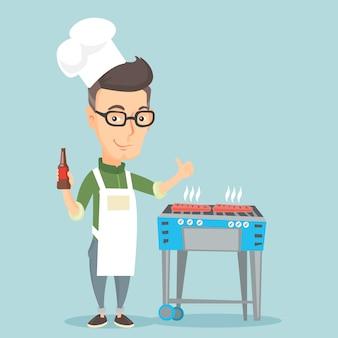 Homem cozinhando bife na churrasqueira.