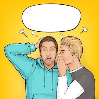 Homem de cabelo loiro pop art sussurra sobre vendas ou segredos ao ouvido do cara marrom surpreso com capuz.
