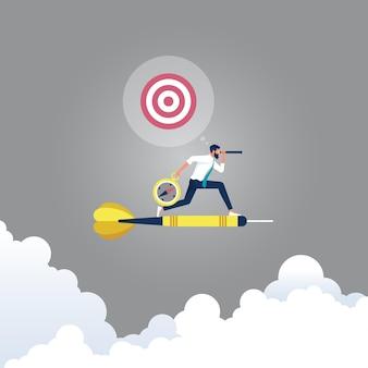 Homem de negócios anda de dardos e olha com o telescópio para encontrar o objetivo, em busca de oportunidades para se aprimorar.