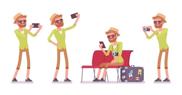 Homem de turista com gadgets