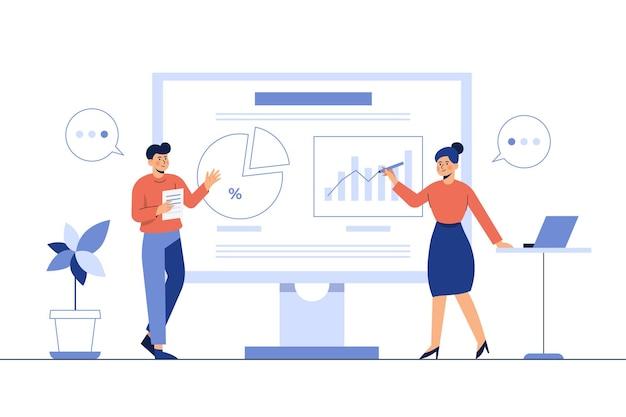 Homem e mulher apresentam trabalhos na frente da sala sobre o crescimento da empresa