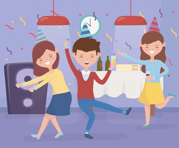 Homem e mulher dançando e bebendo festa de comemoração