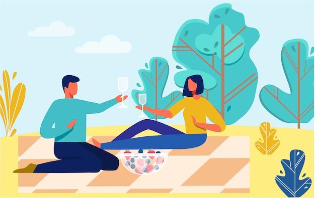 Homem e mulher descansando na natureza sem gadgets