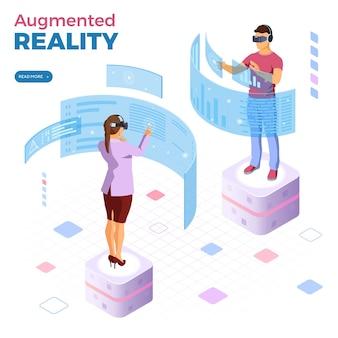 Homem e mulher usando óculos de realidade virtual com banner de realidade aumentada