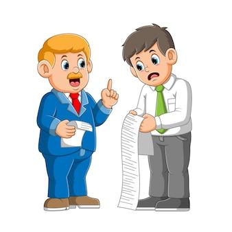 Homem ensinando regras para ilustração de novo funcionário