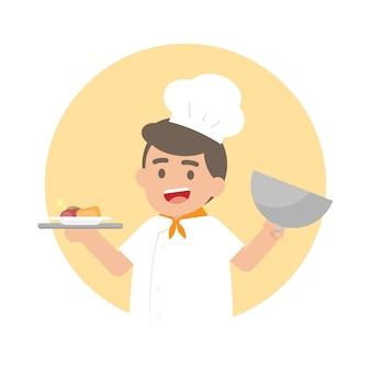 Homem feliz chef segurando uma bandeja de prata com comida cozida