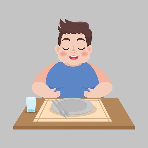 Homem gordo cheio com prato sujo vazio depois de comido
