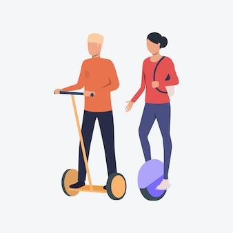 Homem mulher, montando, segway, e, monowheel
