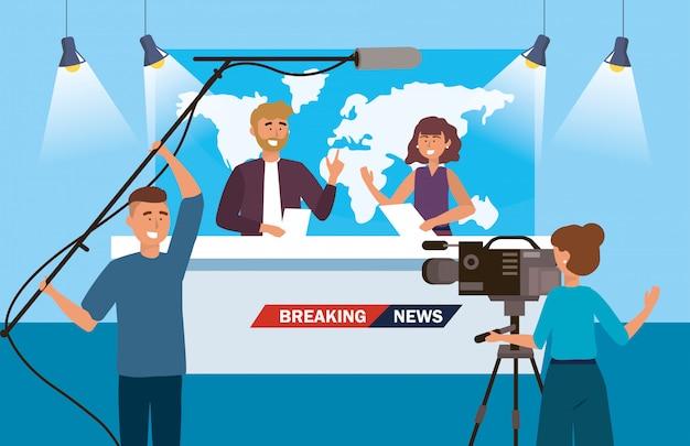 Homem mulher, repórter, de, a, notícia, com, câmera, mulher, e, filmadora