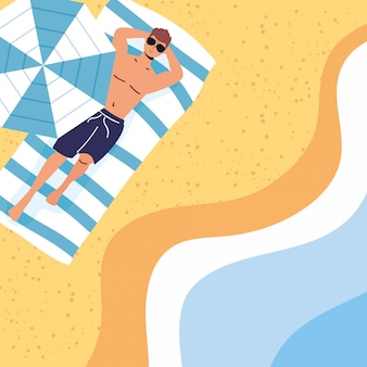 Homem na cena de férias de verão na praia