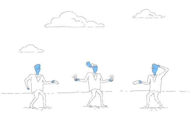 Homem negócio, vender, bulbo novo, idéias, startups, conceito