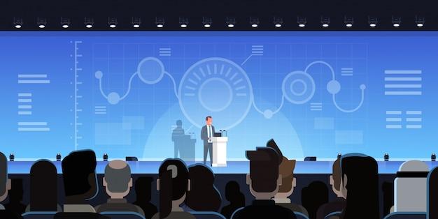 Homem negócios, guiando, apresentação, mostrando, gráficos, relatórios, frente, grupo businesspeople, treinamento, mim