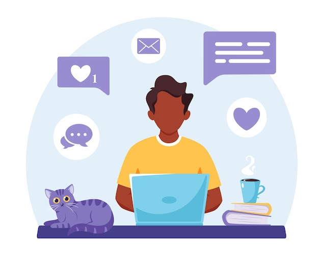 Homem negro trabalhando em laptop. trabalho remoto freelance