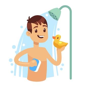 Homem novo que toma o chuveiro no banheiro. cara se lavando. conceito de vetor de higiene de manhã. tomar banho com espuma de shampoo e ilustração de bolha