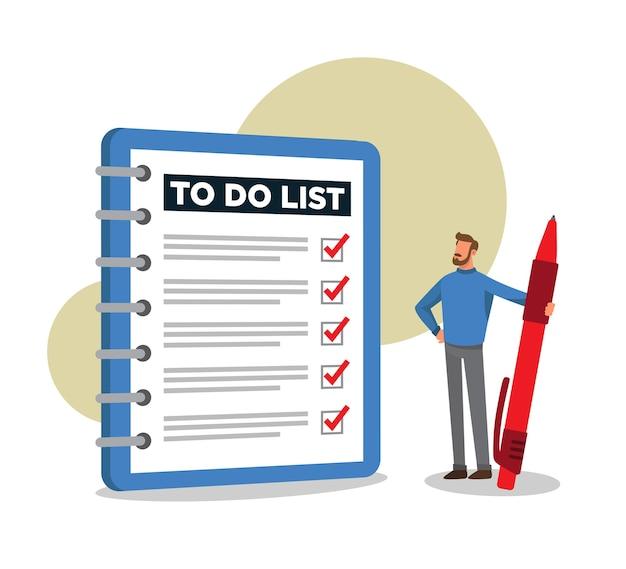 Homem olhando para uma lista completa de tarefas e se sentindo orgulhoso de si mesmo