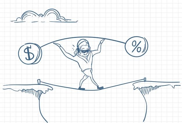 Homem segurando pesos em uma corda