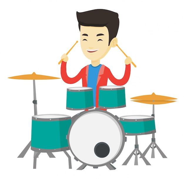 Homem tocando bateria.
