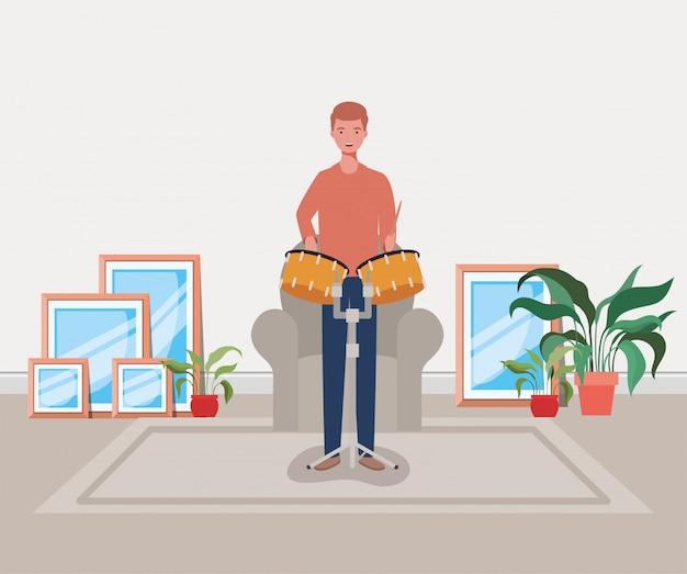 Homem tocando personagem de tambores tímpanos