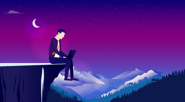 Homem trabalhando sozinho no computador ao ar livre à noite com a lua e uma paisagem ao fundo