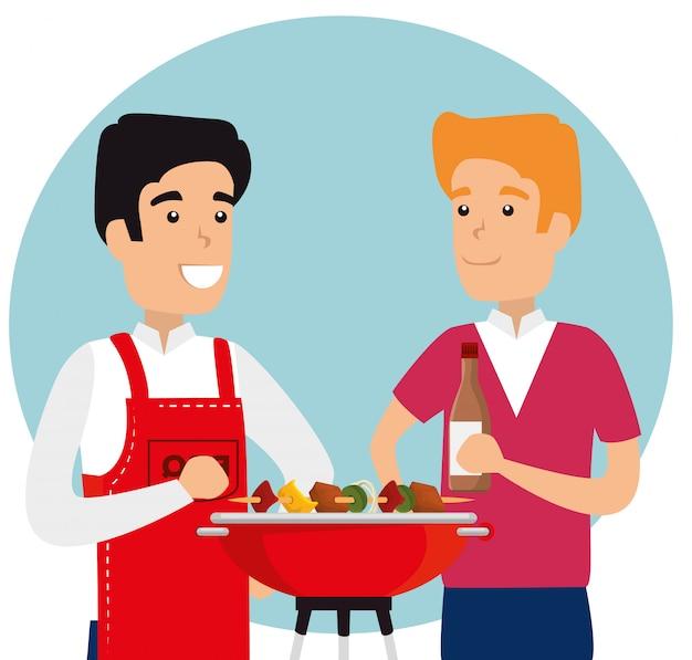 Homens com salsichas e batatas na grelha