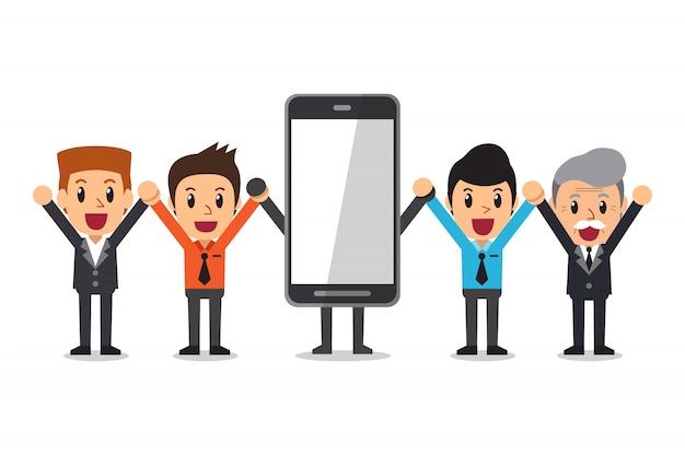 Homens de negócios de desenhos animados e personagem de smartphone