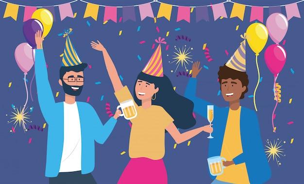 Homens e mulheres com chapéu e balões de decoração