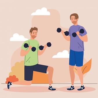 Homens fazendo exercícios com halteres, exercícios de recreação esportiva