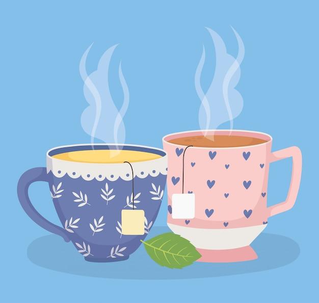 Hora do chá, xícaras de chá com saquinhos de chá folha de ervas bebida fresca
