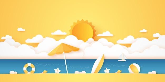 Horário de verão, mar e praia com coisas, cloudscape e sol com céu claro, estilo de arte em papel