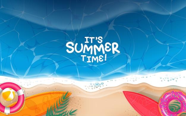Horário de verão na beira-mar praia com objetos realistas. ilustração.