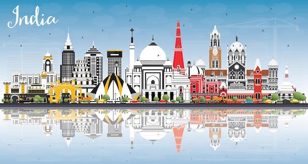 Horizonte da cidade da índia com edifícios coloridos, céu azul e reflexos delhi mumbai bangalore