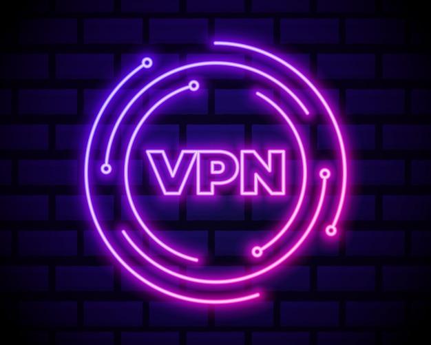 Ícone de conexão de rede vpn de néon brilhante isolado na parede de tijolo escuro. tecnologia social. conceito de computação em nuvem.