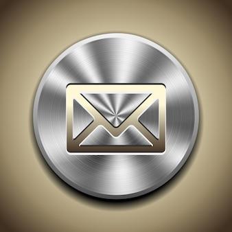 Ícone de correio dourado no botão com processamento circular de metal.